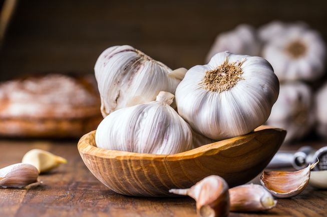 7 Benefits of Garlic | GNATIOÑS